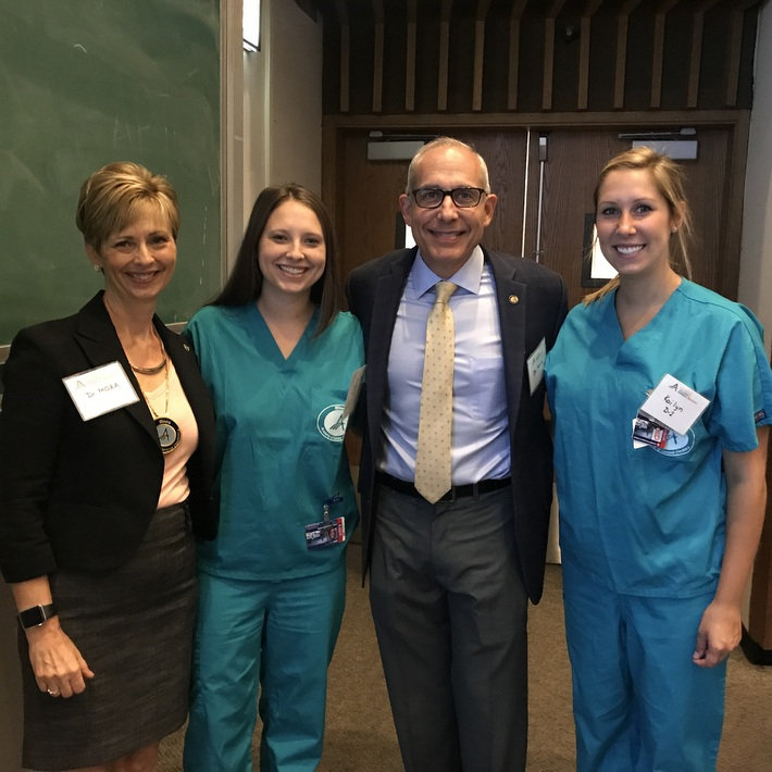 Drs. Cheryl Mora, ILAGD Past President & Dr. Michael Mora with ILAGD Student Reps, Cassie Mora & Kailyn Schultz