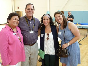Faculty Drs. Theresa Lao and Alan Janusek with student reps D-3 Nicole Ford and D-4 Emily Carley