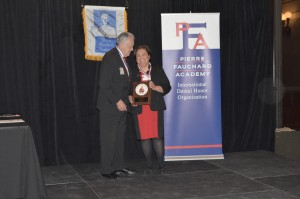 Dr. Theresa Lao receives the Pierre Fauchard Academy Distinguished Dentist Citation