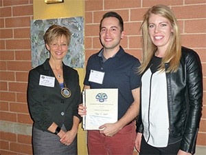 John Luczak UIC COD D-4 Case Presentations Third Place Winner John Luczak with his wife & Dr. Cheryl Mora, IL AGD CE Chair