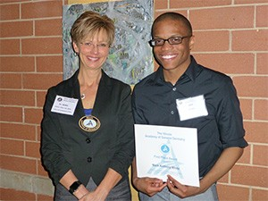 Mark Anthony White UIC COD D-4 Case Presentations First Place Winner & Dr. Cheryl Mora, IL AGD CE Chair